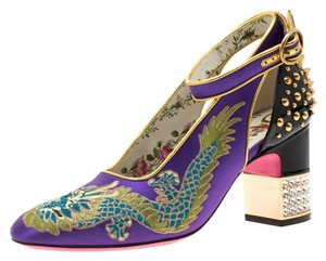 Gucci Embroidered Spike Detail Purple Pumps