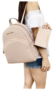 Michael Kors Wallet Signature Ballet Backpack