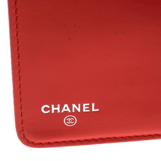 Chanel Chanel Orange Striped Patent Leather CC Wallet Image 9