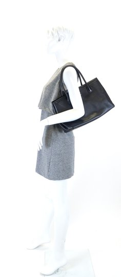Chanel Caviar Top Handles Silver Cc Turn Lock Tote in Black Image 11