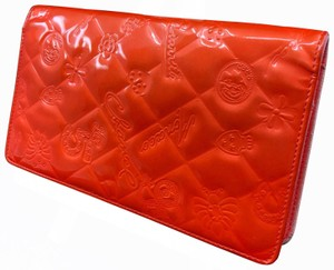 Chanel Chanel icon symbols patent leather long wallet CC003