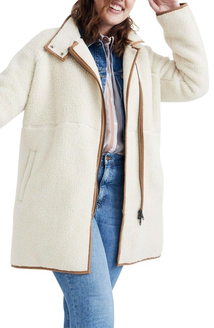 Item - White Cocoon Faux Shearling Sherpa Ivory Camel Coat Size 12 (L)