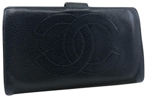 Chanel CC025 Chanel Caviar Leather Kisslock bifold long Wallet CC logo
