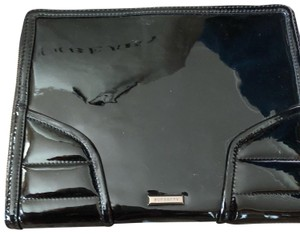Burberry Burberry tablet patent case holder