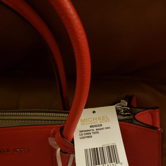 Michael Kors Tote in Bright Red Image 3
