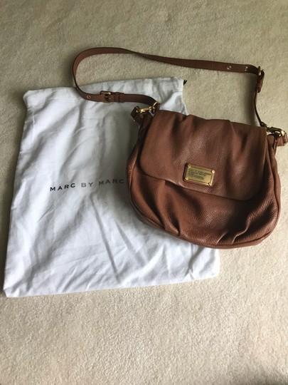 Marc by Marc Jacobs Cross Body Bag Image 3