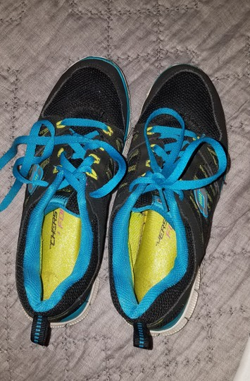Sketchers Tennis Black/Blue Athletic Image 1