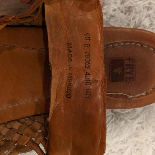 Frye Brown, natural leather Sandals Image 2