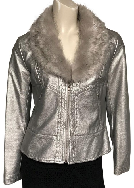 Preload https://img-static.tradesy.com/item/25973691/silver-faux-leather-jacket-size-8-m-0-2-650-650.jpg