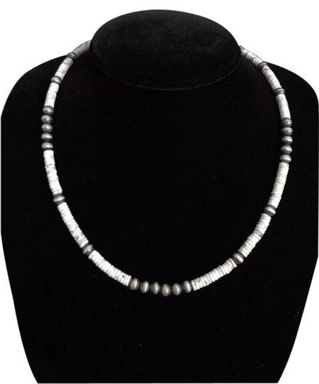 Preload https://img-static.tradesy.com/item/25973697/white-buffalo-sterling-silver-necklace-0-2-540-540.jpg