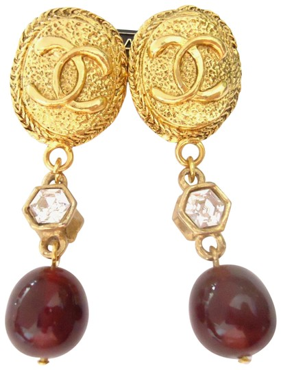 Preload https://img-static.tradesy.com/item/25973744/chanel-gold-plated-w-cc-logo-w-crystal-burgundy-stone-dangle-clips-earrings-0-2-540-540.jpg