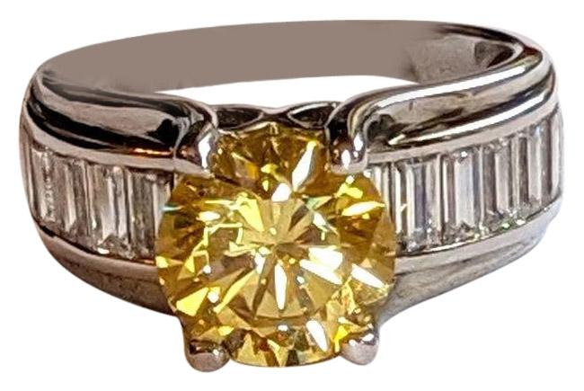 Item - Yellow Silver Diamond Simulant Sterling Size 6.5 Ring