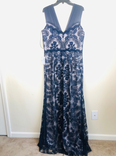 Tadashi Shoji Blue Embroidered Lace Evening Gown Formal Bridesmaid/Mob Dress Size 16 (XL, Plus 0x) Image 6