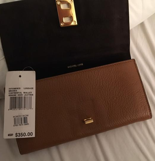 Michael Kors Collection Tote in Luggage Image 11