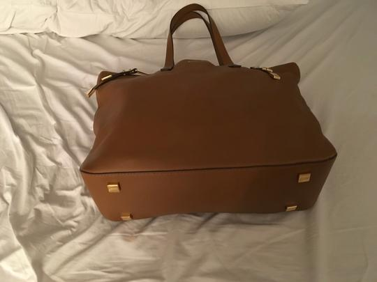 Michael Kors Collection Tote in Luggage Image 2