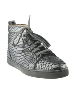 sale retailer 7b41a fb905 Christian Louboutin on Sale - Up to 70% off at Tradesy