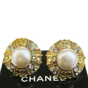 Chanel Gold Rhinestone Button Clip-on Gold-tone Earrings