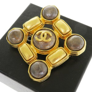 Chanel Gold Cc Logo Gold-tone France Brooch/Pin