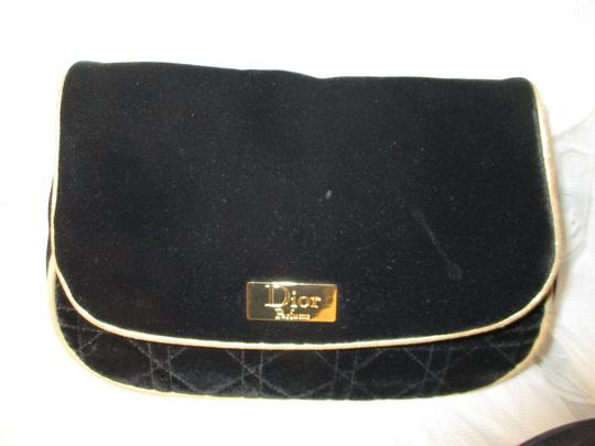 Dior RESERVED 2 clutch/cosmetic bags Image 1
