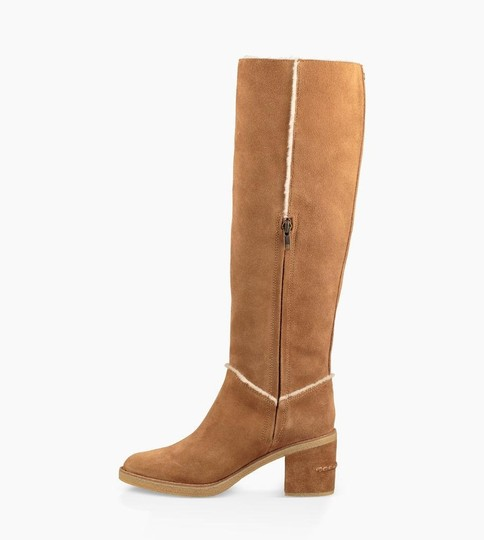UGG Australia New With Tags New In Box Chestnut / Tan Boots Image 1