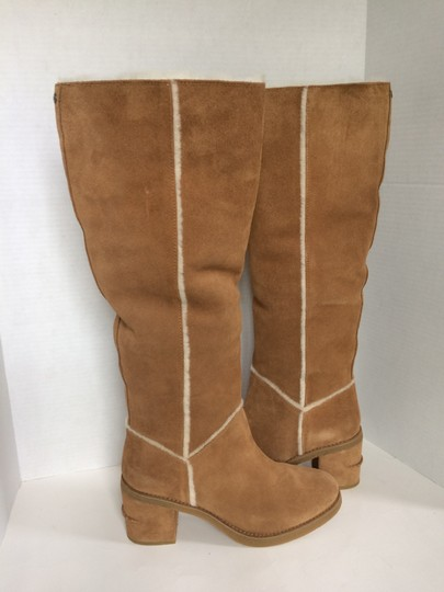 UGG Australia New With Tags New In Box Chestnut / Tan Boots Image 10