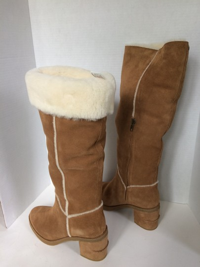 UGG Australia New With Tags New In Box Chestnut / Tan Boots Image 2