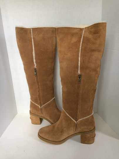 UGG Australia New With Tags New In Box Chestnut / Tan Boots Image 5