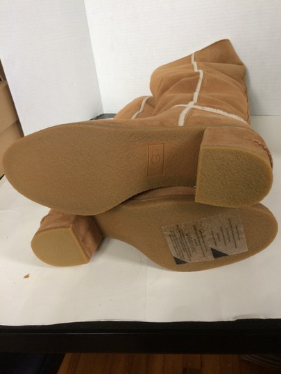 UGG Australia New With Tags New In Box Chestnut / Tan Boots Image 7