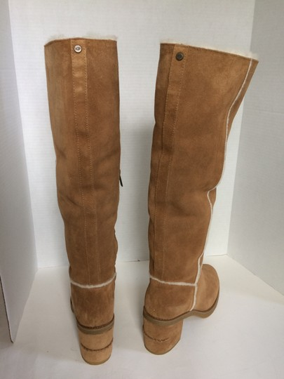 UGG Australia New With Tags New In Box Chestnut / Tan Boots Image 9