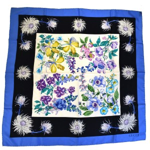Gucci Authentic GUCCI Logos Flower Scarf 100% Silk Blue Accessory Italy