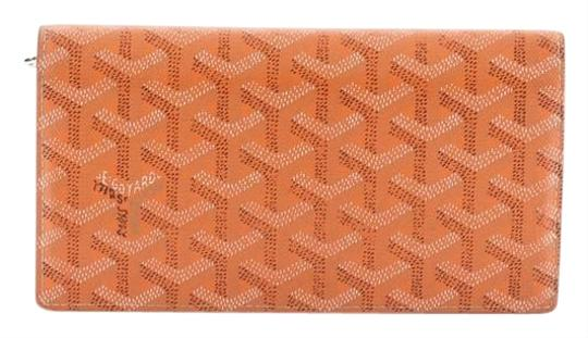 Preload https://img-static.tradesy.com/item/25976474/goyard-richelieu-wallet-coated-long-orange-canvas-clutch-0-2-540-540.jpg