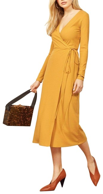 Item - Yellow Celine Gold Ribbed Wrap Mid-length Casual Maxi Dress Size 4 (S)