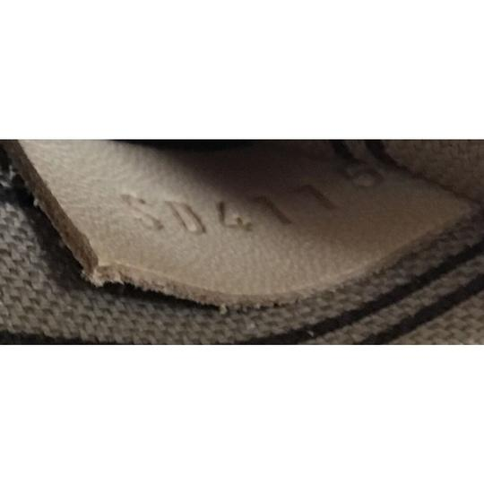 Louis Vuitton Neverfull Tote in brown Image 9