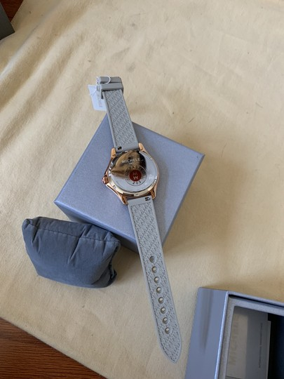 Michele NWT Cape Topaz Rose Gold Taupe Watch MWW27A000023 Image 9