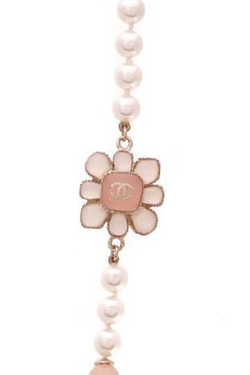Chanel Chanel Metiers d'Art Paris-Seoul Pearl Flower Blossom Necklace - Gold Image 2