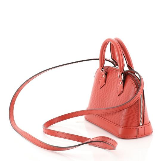 Louis Vuitton Alma Epi Leather Satchel in red Image 3