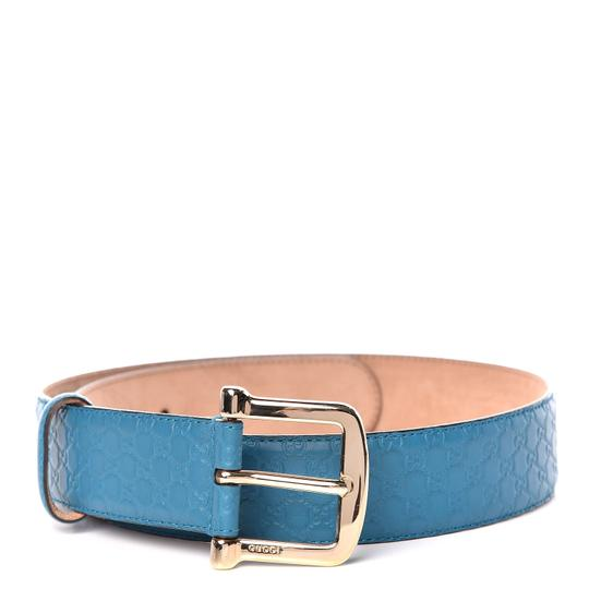 Preload https://img-static.tradesy.com/item/25977610/gucci-blue-cobalt-microguccissima-soft-leather-281548-size-9036-belt-0-0-540-540.jpg