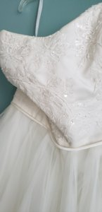 David's Bridal Ivory Tulle Polyester Lace Appliqued Tea-length Retro Wedding Dress Size 14 (L)