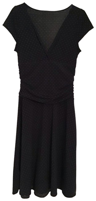 Item - Fit & Flare Empire Polka Dot Mid-length Short Casual Dress Size Petite 6 (S)
