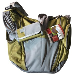 Daddy & Company Comfortable Organized Sold Out Olive Green/Grey Diaper Bag
