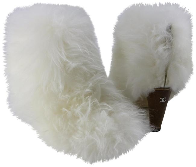 Item - White Shearling Furious 85mm Wood Cone Heel Fur Fluffy C167 Boots/Booties Size EU 38.5 (Approx. US 8.5) Regular (M, B)