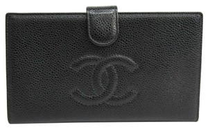 Chanel Chanel A13498 Caviar Leather Caviar Leather Long Wallet (bi-fold) Black