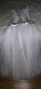 White and Silver Gown Sexy Wedding Dress Size 8 (M)
