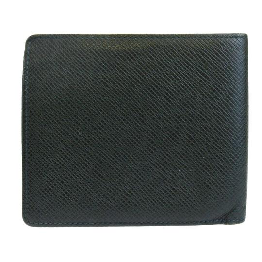 Preload https://img-static.tradesy.com/item/25980834/louis-vuitton-green-bifold-purse-taiga-leather-france-wallet-0-0-540-540.jpg