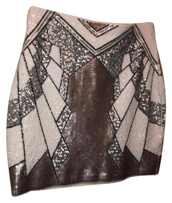 Item - White Silver and Black Sequin Skirt Size 0 (XS, 25)