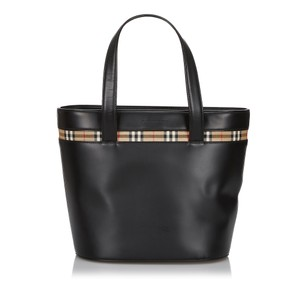 Burberry 9hbuto007 Vintage Leather Tote in Black