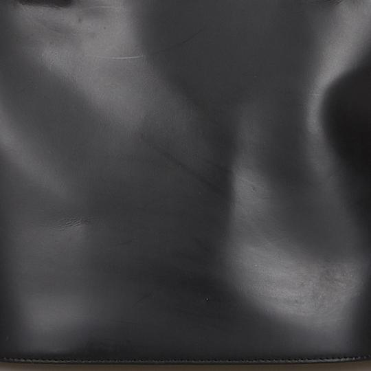 Burberry 9hbuto007 Vintage Leather Tote in Black Image 10