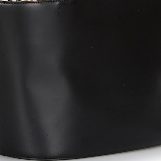 Burberry 9hbuto007 Vintage Leather Tote in Black Image 9