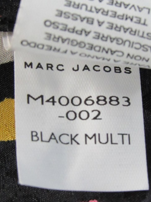 Marc Jacobs Silk Floral Buttons Top Black Image 9
