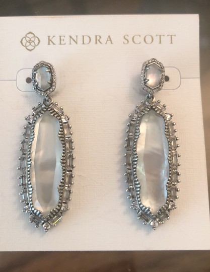 Kendra Scott Ivory Kalina Mother Of Pearl Earrings Image 3
